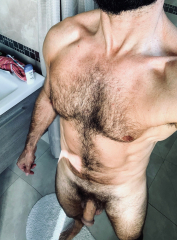 hairy-nudearab